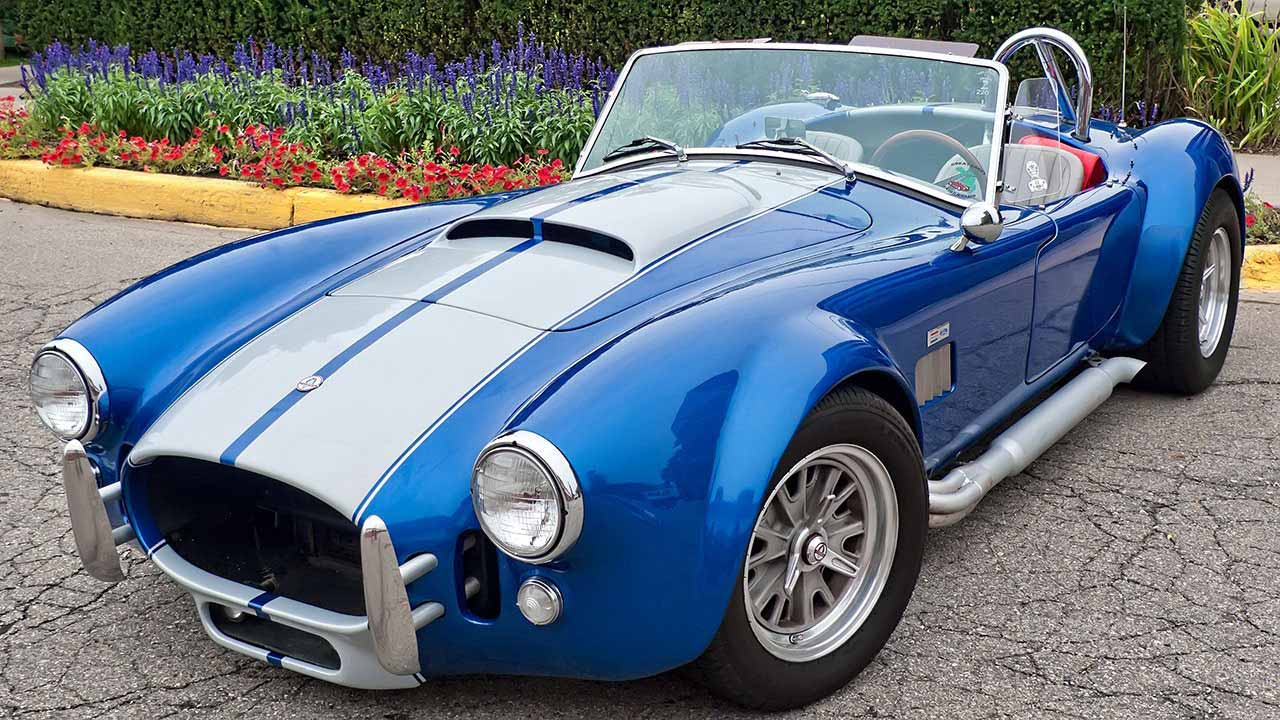 1965 Shelby Cobra - blue with white stripes